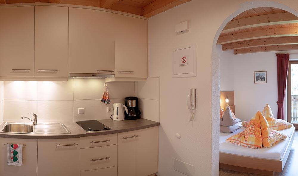 landheim-ferienwohnungen-appartements-appartamenti-apartments-antholz-anterselva-talpanorama1