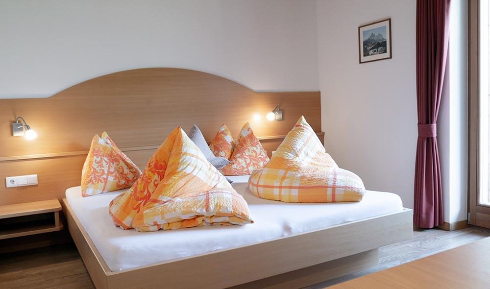 landheim-ferienwohnungen-appartements-appartamenti-apartments-antholz-anterselva-talpanorama3